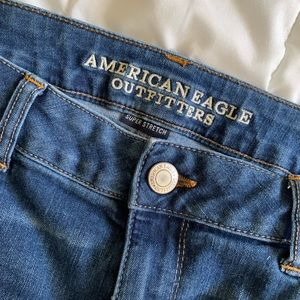 American Eagle Straight Crop Jean